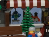 lego-10199-winter-village-toy-shop-ibrickcity-8