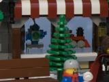 lego-10199-winter-village-toy-shop-ibrickcity-8