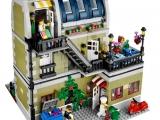 lego-10243-parisian-restaurant-creator-expert-14