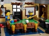 lego-10246-detective-office-creator-modular-17