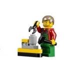 lego-10249-winter-toy-shop-creator-seasonal-3