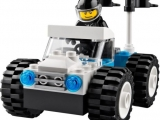 lego-10655-monster-trucks-basic-bricks-5
