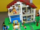 lego-31012-family-house-creator-8