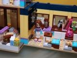 lego-41005-heartlake-high-friends-14