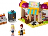 lego-41006-downtown-bakery-friends-15