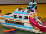 lego-41015-dolphin-cruiser-friends-9
