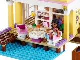 lego-41037-stephanie-beach-house-friends-3