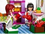 lego-41108-heartlake-food-market-friends-5