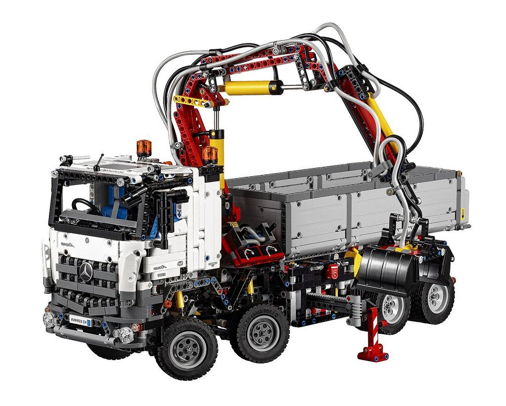 lego 42043 the mercedes benz arocs 3245 official
