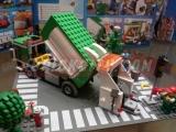 lego-4432-garbage-truck-ibrickcity-4