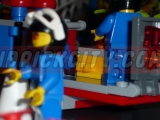lego-4433-dirty-bike-transporter-ibrickcity-12