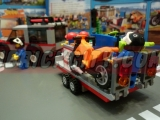 lego-4433-dirty-bike-transporter-ibrickcity-13