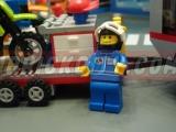 lego-4433-dirty-bike-transporter-ibrickcity-17
