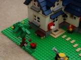 lego-5891-apple-tree-house-city-ibrickcity-13