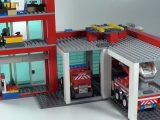 lego-60004-city-fire-headquarters-ibrickcity-18