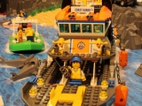 lego-60014-coast-guard-patrol-city-1
