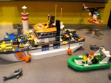 lego-60014-coast-guard-patrol-city-3