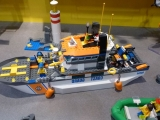 lego-60014-coast-guard-patrol-city-9