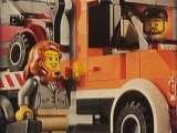lego-60017-city-flatbed-truck-ibrickcity-woman