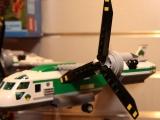 lego-60021-cargo-heliplane-city-12