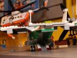 lego-60021-cargo-heliplane-city-14