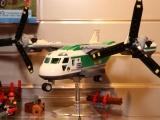 lego-60021-cargo-heliplane-city-17