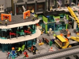 lego-60026-town-square-city-ibrickcity-10