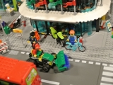 lego-60026-town-square-city-ibrickcity-street-sweeper