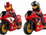 lego-60084-racing-bike-transporter-city-2