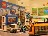 lego-60097-town-square-city-1