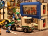lego-60097-town-square-city-4