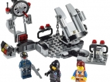 lego-70801-melting-room-movie-1