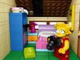 lego-the-simpsons-71006-house-lisasroom