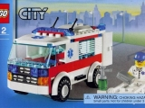 lego-7890-ambulance-city-8