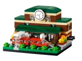 lego-40142-bricktober-train-station-1