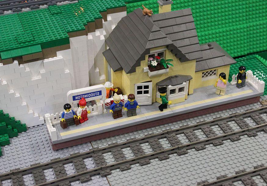 Lego Creator 10233 Horizon Express | i Brick City