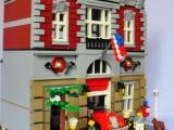 lego-10197-modular-building-fire-brigade-ibrickcity-16