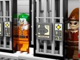 lego-10937-batman-arkham-asylum-breakout-ibrickcity-8