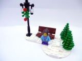 lego-3300014-2012-christmas-set-ibrickcity-3