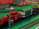 lego-3677-city-red-cargo-train-ibrickcity-19