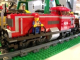 lego-3677-city-red-cargo-train-ibrickcity-25