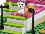 lego-friends-3942-heartlake-dog-show-ibrickcity-10