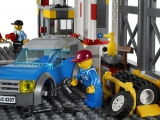 ibrickcity-lego-4207-garage-park-summer-6