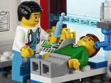 ibrickcity-lego-4429-hospital-helicopeter-rescue-summer-6