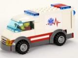 lego-4429-hospital-helicopeter-rescue-ibrickcity-1