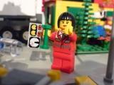 lego-city-4431-ambulance-ibrickcity-18