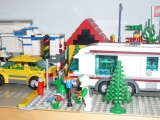 lego-city-4435-car-and-camper-ibrickcity-14