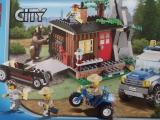lego-city-4438-robbers-hideout-ibrickcity-28