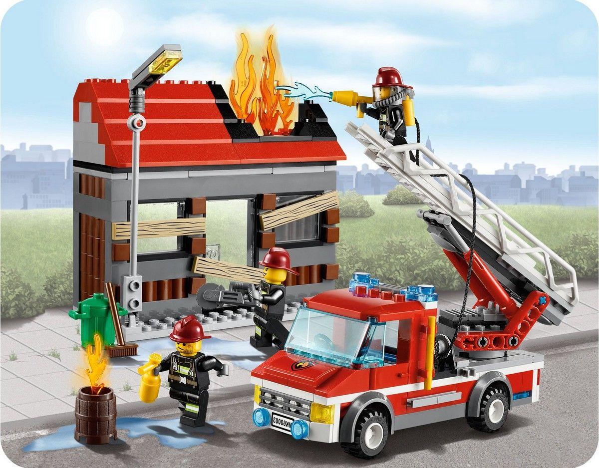 lego-60003-city-fire-emergency-ibrickcity-15.jpg