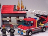 lego-60003-city-fire-emergency-ibrickcity-8